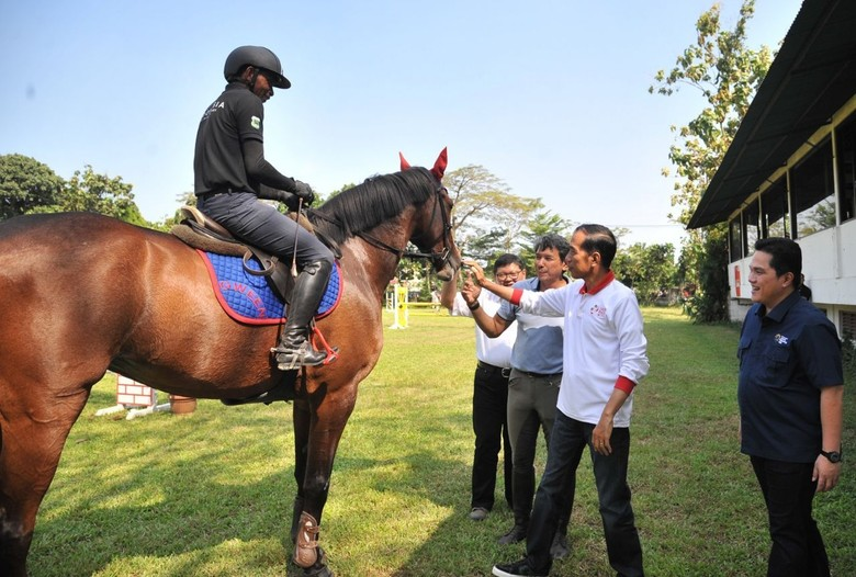Jokowi Targetkan Indonesia Masuk 10 Besar Asian Games 2018