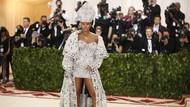 Chris Brown dan Agnez Mo Makin Mesra, Begini Reaksi Rihanna