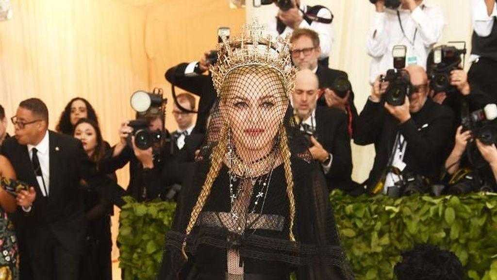 Madonna Tolak Kencan, Donald Trump Ejek soal Wanita Terburuk dan Tergendut