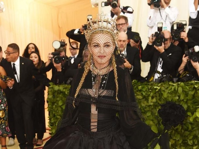 "Madonna arrives at the Metropolitan Museum of Art Costume Institute Gala (Met Gala) to celebrate the opening of ""Heavenly Bodies: Fashion and the Catholic Imagination"" in the Manhattan borough of New York, U.S., May 7, 2018. REUTERS/Eduardo Munoz"