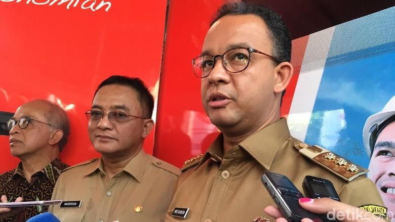 Image result for gubernur anies di bumi indonesia tak boleh lagi ada penggusuran