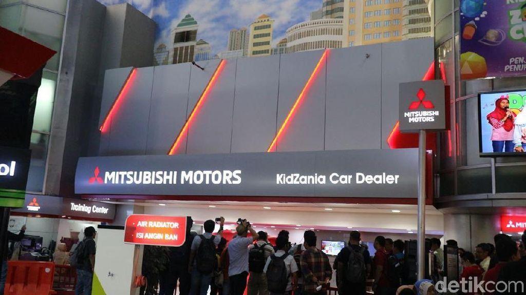 Bukan Cuma di Diler, Mitsubishi Xpander Hadir di Tempat Bermain Anak