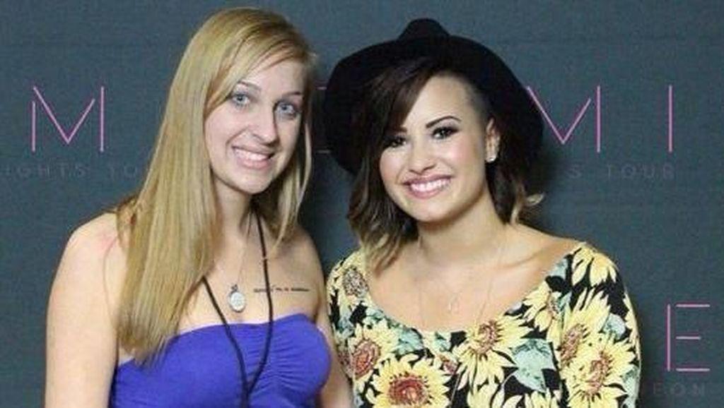 Lagu Demi Lovato Bikin Wanita Ini Tak Jadi Bunuh Diri