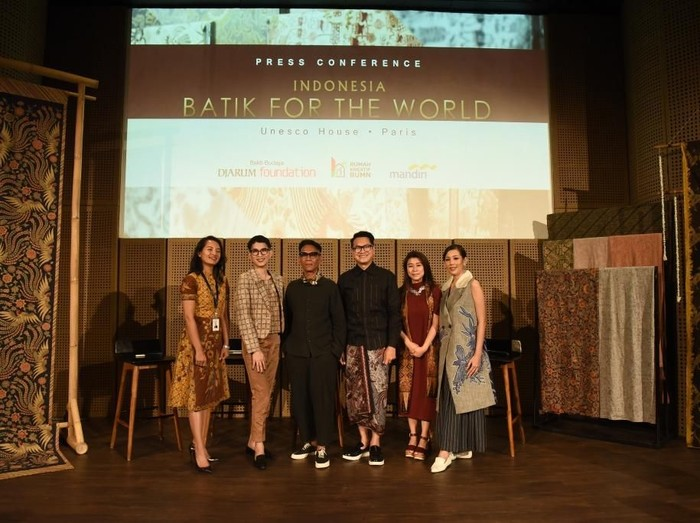 Jumpa pers Batik for The World, membawa batik ke UNESCO, Paris. Foto: Dok. BATIK FOR THE WORLD