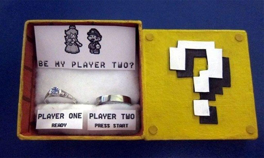 Kotak cincin Mario Bros. (Foto: Boredpanda)
