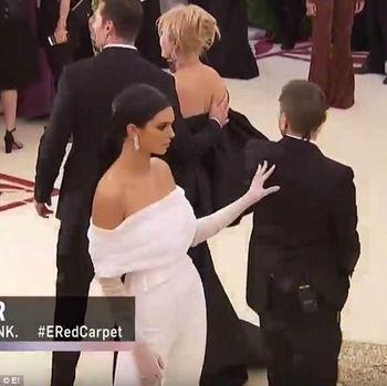 Kendall Jenner di Met Gala 2018.