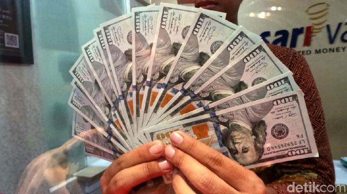 Dolar AS/Foto: Selfie Miftahul Jannah