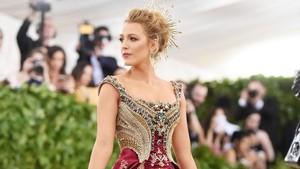 10 Gaun Terbaik Selebriti di Met Gala 2018