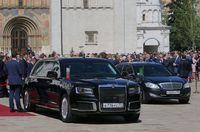 Limosin buatan Rusia untuk Vladimir Putin