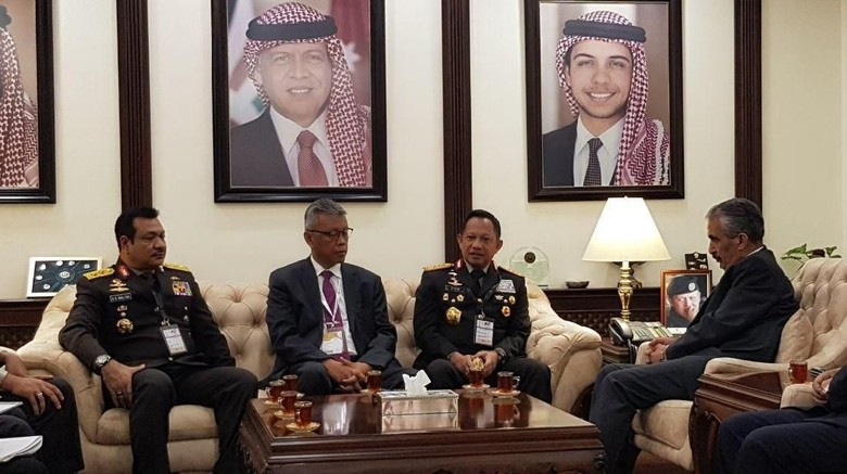 Kapolri Tawarkan Kerja Sama Keamanan ke Mendagri Yordania