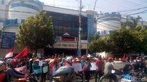 Tuntut Pemkot Kelola Pasar Pagi Tegal, Pedagang Mogok Jualan