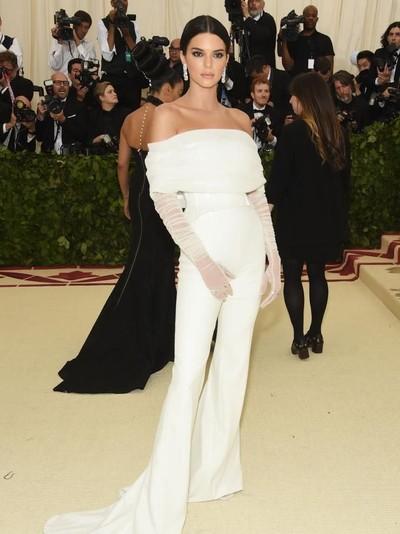 Kendall Jenner di Met Gala 2018. Foto: Dok. Getty Images