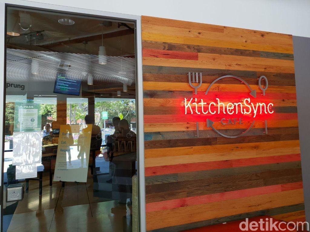 Ada beberapa restoran di markas besar Google di California, yang semua menunya disediakan secara gratis. Salah satunya di kafe bernama Kitchen Sync Cafe ini. Foto: detikINET/Fino Yurio Kristo