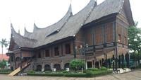 TMII Tidak Dibuat untuk Wisata-Rumah Menlu Pertama Dijual Rp 200 M
