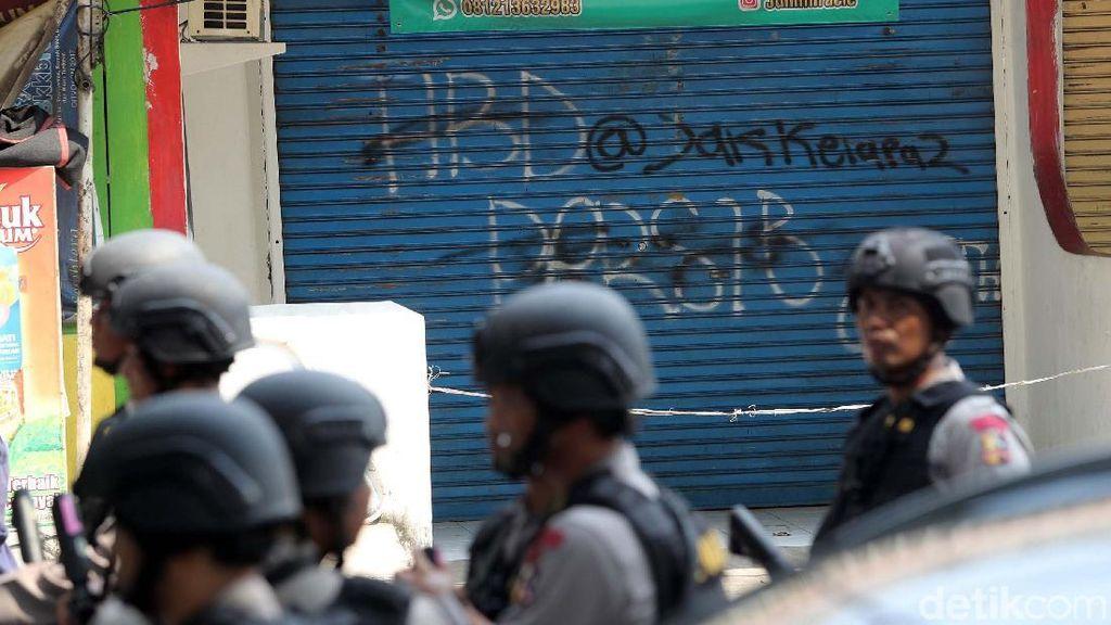 Dukung Polisi di Mako Brimob, Netizen: #KamiBersamaPolri