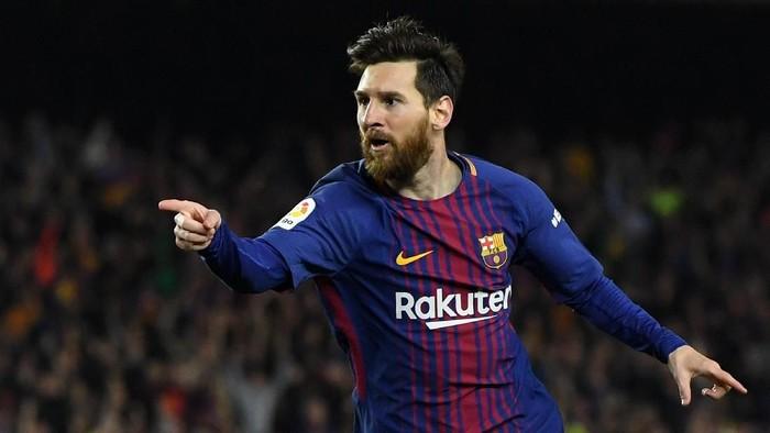 Lionel Messi saat membela Barcelona. Foto: David Ramos/Getty Images