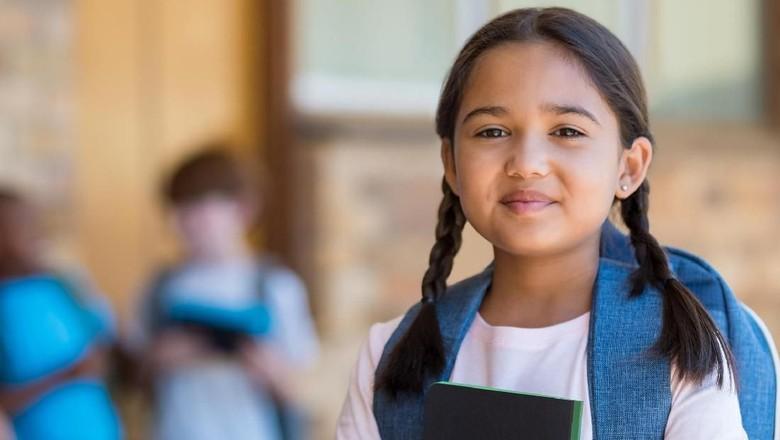 Jangan Sampai Kakak-Adik Timpang Tempat Sekolahnya/ Foto: Thinkstock