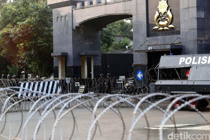 Situasi Mako Brimob pasca terjadi kerusuhan. Foto: Grandyos Zafna/detikcom