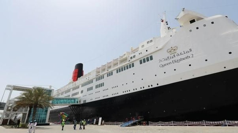 Foto: Kapal pesiar Queen Elizabeth (CNN Travel)