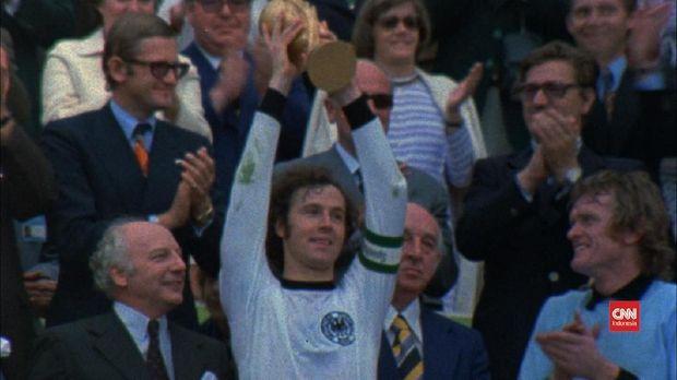 Gerd Muller Pensiun di Usia 28 Tahun Usai Piala Dunia 1974