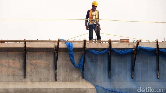 Waskita Toll Road terus menggeber pembangunan Tol Becakayu seksi 1A di kawasan Cipinang Melayu, Kalimalang. Proyek ini mayoritas pekerjaan atas.