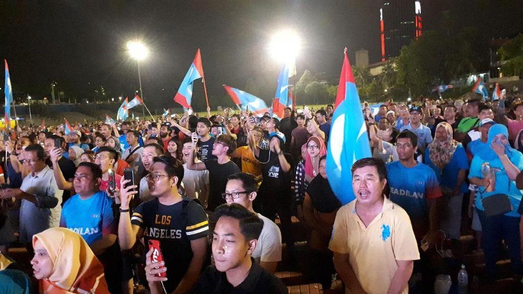 Unggul Sementara, Mahathir Diharap Tepati Janji Kampanye