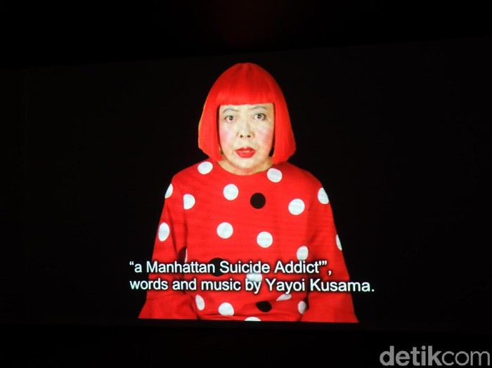 pameran Yayoi Kusama: Life is the Heart of a Rainbow di Museum MACAN