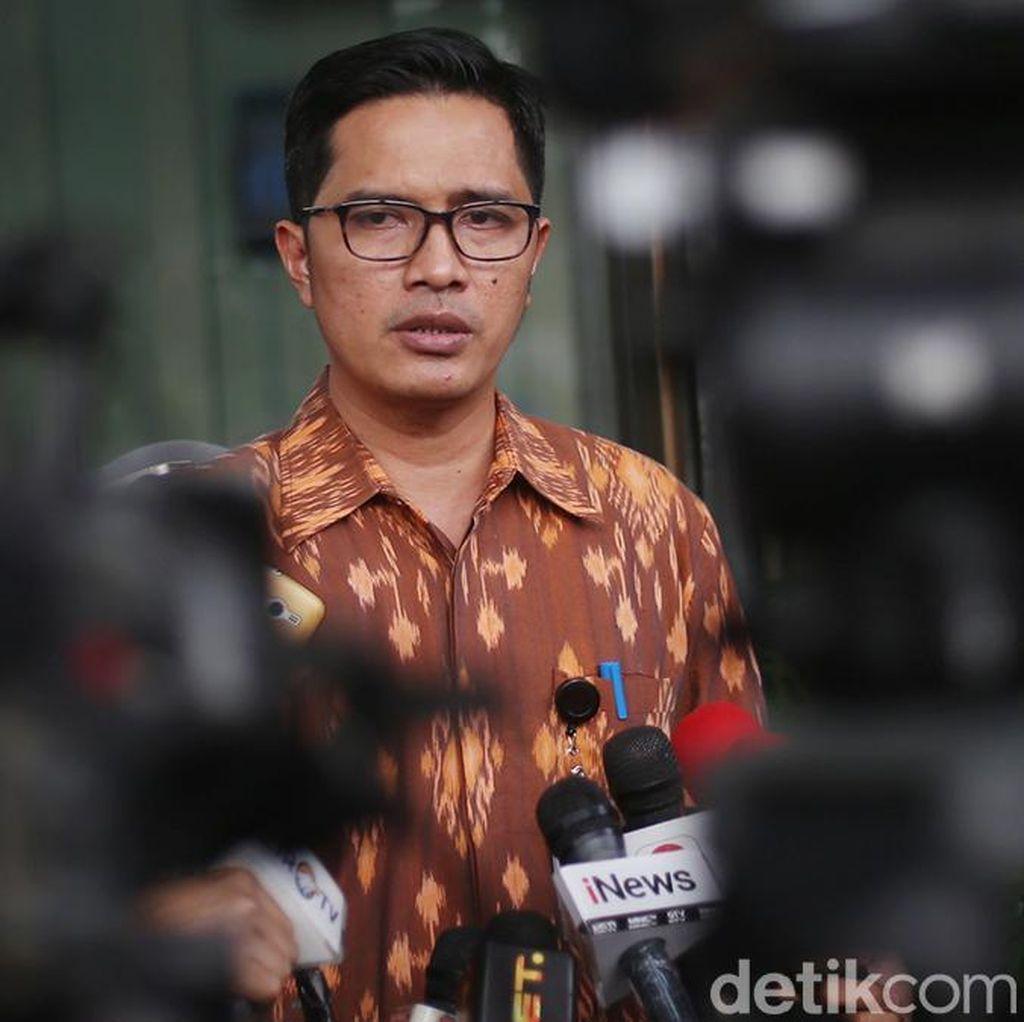 Eks Ketua DPRD Sumut Dipanggil KPK Terkait Suap Gatot Pujo