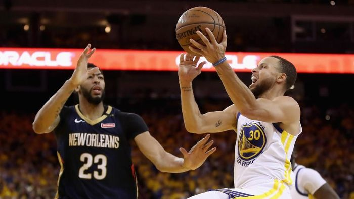 Golden State Warriors ke Final Wilayah Barat usai unggul 4-1 atas New Orleans Pelicans (Foto: Ezra Shaw/Getty Images)