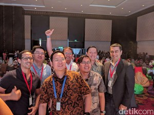 Selfie Startup Indonesia Bernilai Rp 56 Triliun