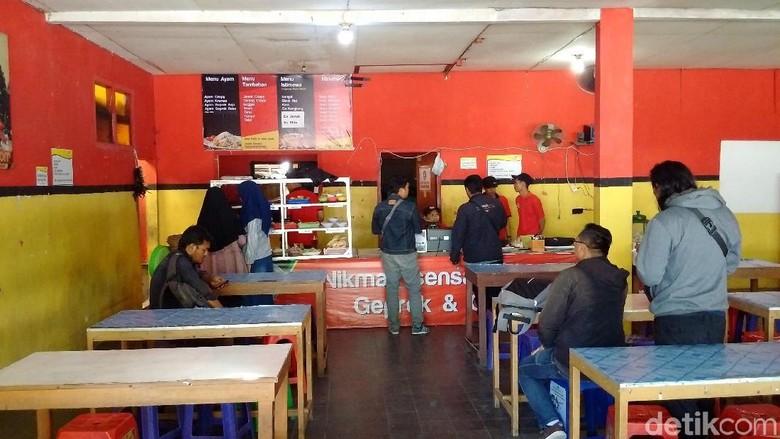 Ini Rumah Makan di Sleman yang Setruknya Viral #2019GantiPresiden