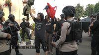Detik-detik napi teroris menyerah di Mako Brimob