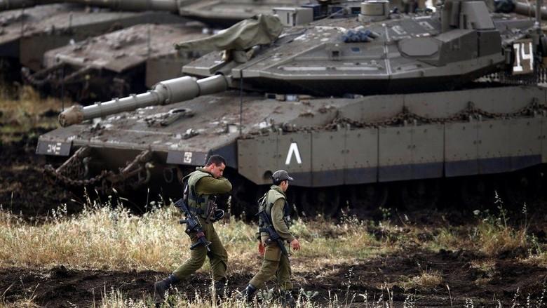 Israel Lancarkan Rentetan Serangan di Suriah, Sasar Militer Iran