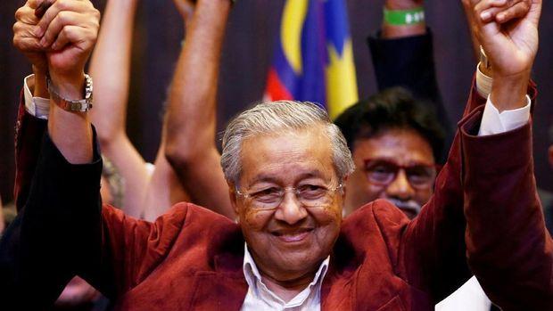 Mahathir Mohamad /