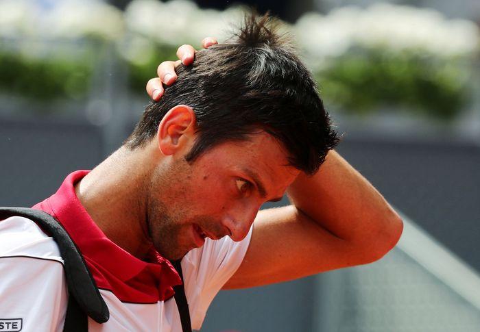 Juara dua kali Novak Djokovic tersingkir lebih awal di Madrid Terbuka. (Foto: Sergio Perez/Reuters)