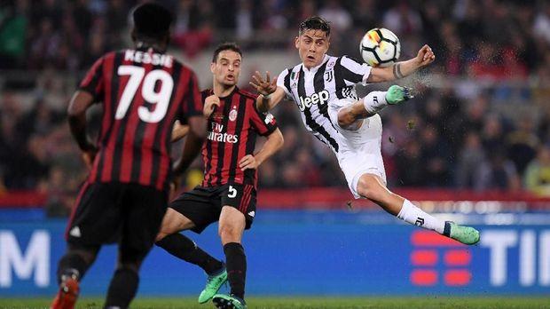 Paulo Dybala dianggap memiliki kesamaan permainan dengan Lionel Messi.