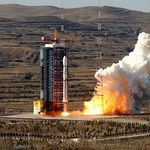 Ingin Jadi Hub Ekonomi Digital, RI Bikin Satelit Baru