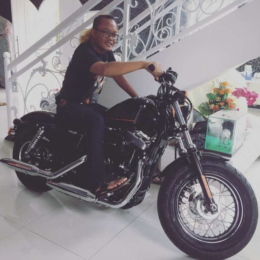 Ini Lho Moge Harley Sule yang Jadi Sebab Lina Gugat Cerai