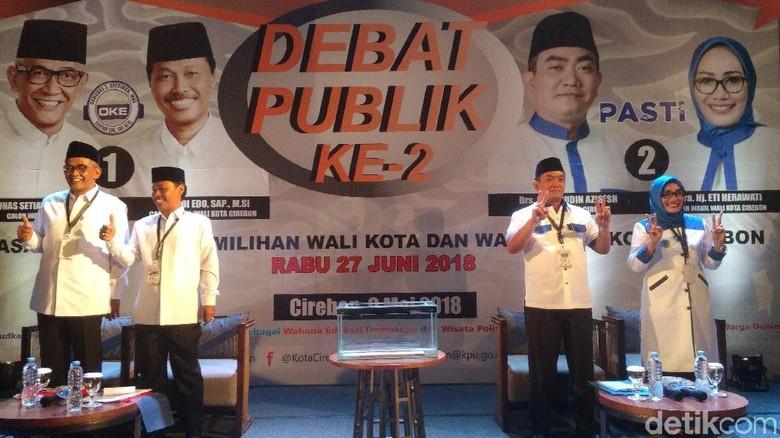 Debat Publik, Dua Paslon Pamer Gagasan Urusi Cirebon