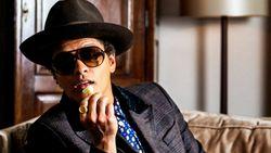 Duh! Panggung Konser Terbakar saat Bruno Mars Nyanyi