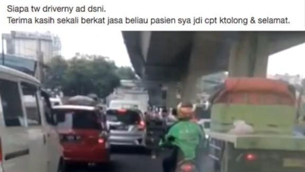 Aksi Mulia Driver Ojek Online Buka Jalan Buat Ambulans, Bikin Netizen Terharu