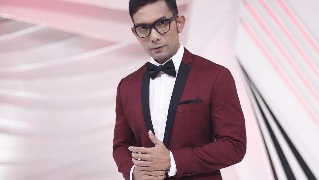 Cerita Indra Herlambang dan Ayu Dewi Nonton Konser Syahrini