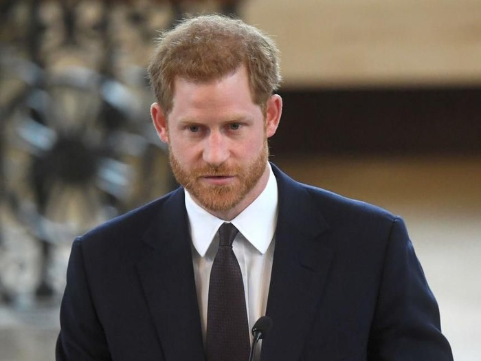 MIDDLE WALLOP, HAMPSHIRE, ENGLAND - MARCH 16:  Prince Harry attends a ceremony at the Museum of Army Flying as he presents 12 pilots from Course 17/02 of the Army Air Corps with their Wings on March 16, 2018 in Stockbridge, England. Prince Harry returned today to the Army Aviation Centre where he undertook advanced helicopter training to present the latest graduates with their Wings.  (Photo by Heathcliff OMalley - WPA Pool /Getty Images)