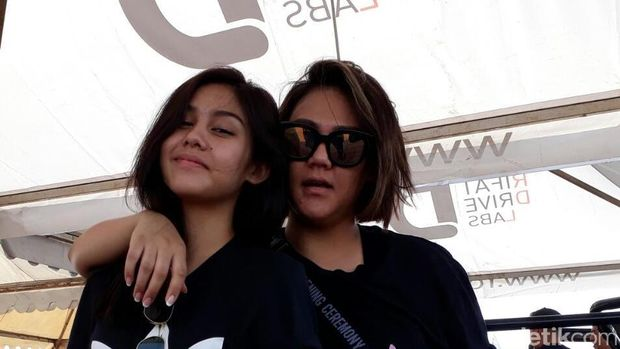 Vanesha dan Sissy Priscilia