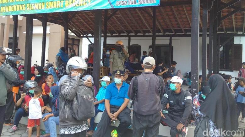 Merapi Meletus, Wisatawan di Kaliurang Sleman Dievakuasi