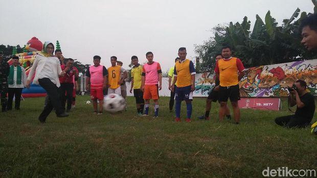 Sambut Piala Dunia, Wali Kota Airin Buka Kampung Bola di Serpong