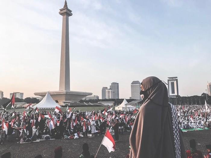Zaskia Sungkar ikut aksi Bela Palestina. Foto: Instagram/Zaskia Sungkar