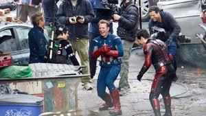 Avengers 4 Bakal Menjelajah Waktu?