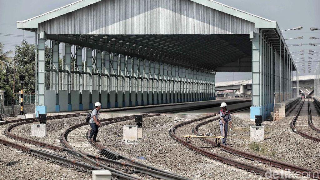 Menhub Targetkan Double-double Track Manggarai Selesai 2020
