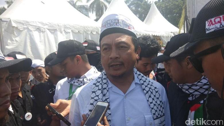 Bachtiar Nasir: Pembom Gereja di Surabaya Akan Dikutuk Allah